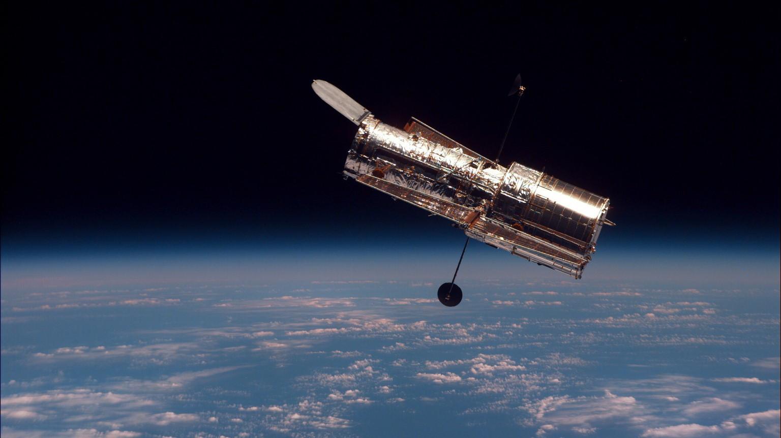 Το τηλεσκόπιο Hubble έγινε 25 χρονών: Οι πέντε σημαντικότερες ανακαλύψεις του